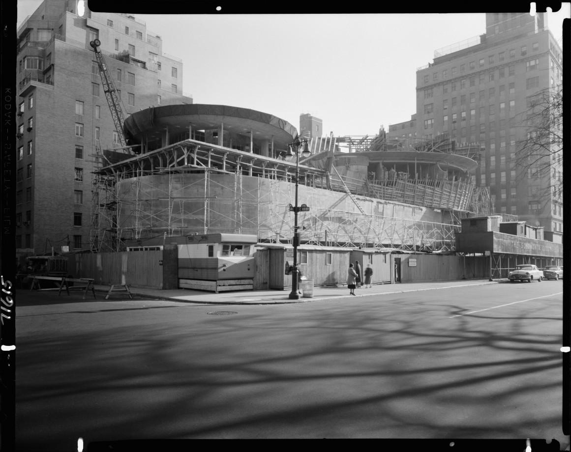 franl-lloyd-museum-Guggenheim-construction-02