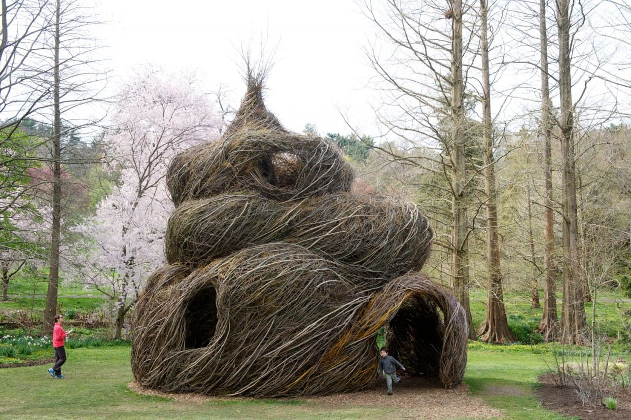 Les nids de brindilles de patrick dougherty for The willow house