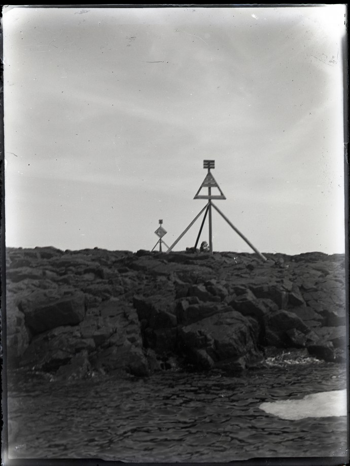 poteau-bizzare-03