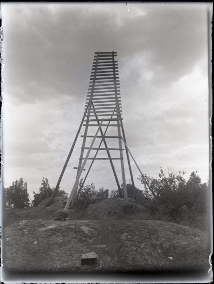 poteau-bizzare-05
