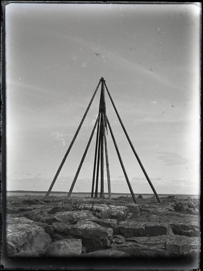 poteau-bizzare-06