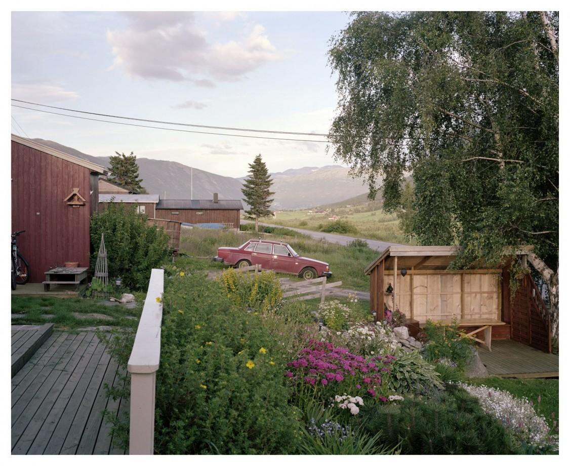 volvo-240-suede-paysage-Helge-Skodvin-01