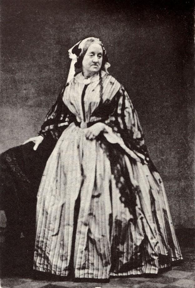 Anna_Atkins_1861_Portrait