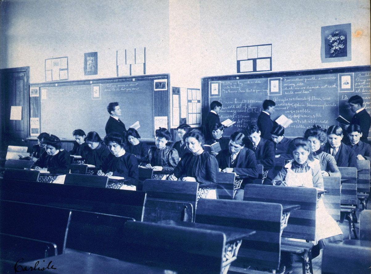 Une classe à l'école Indienne de Carlisle