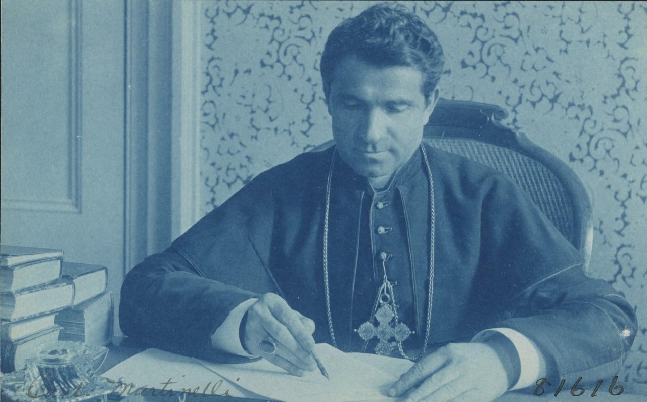 Monseigneur Martinelli