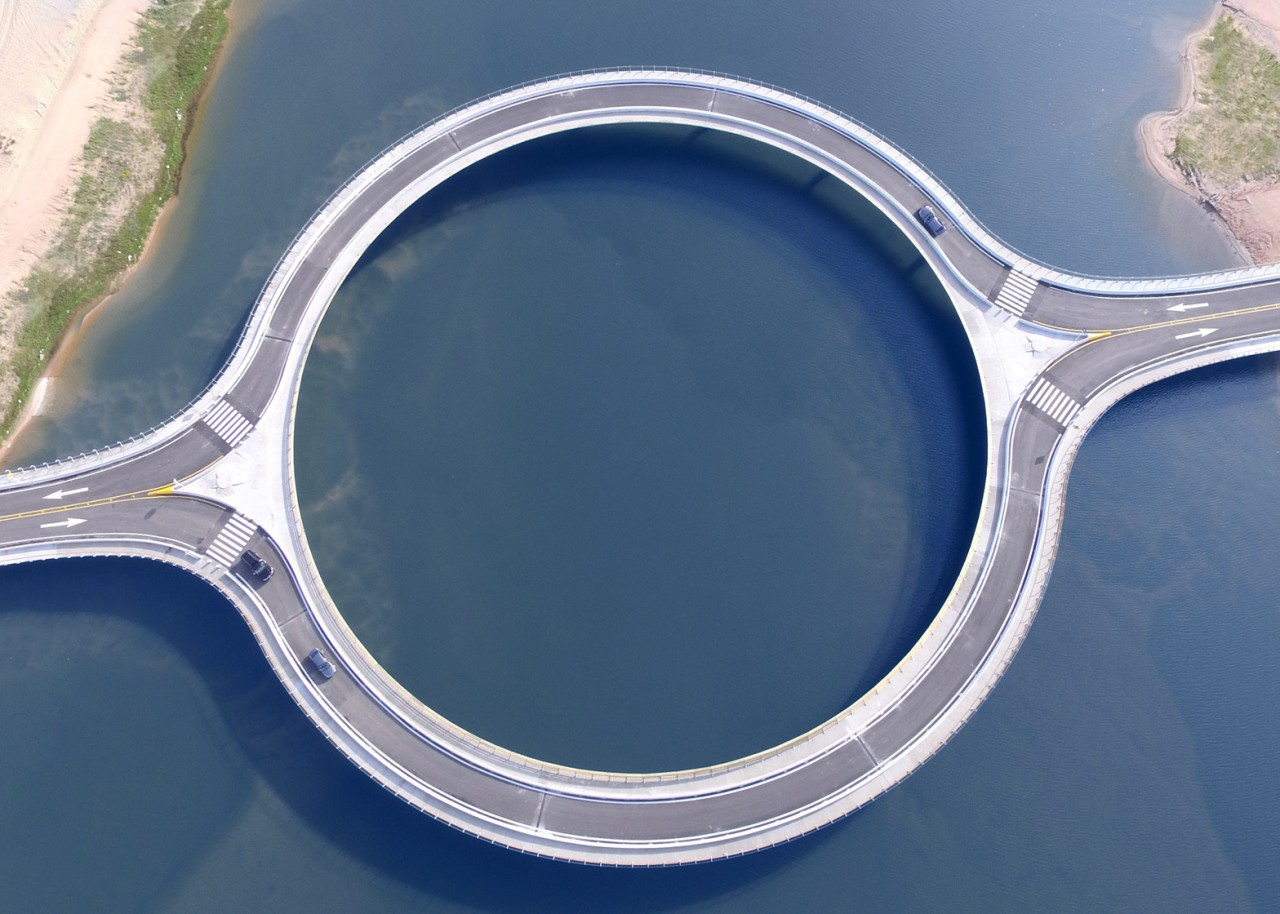 Pont-Circulaire-lagune-01