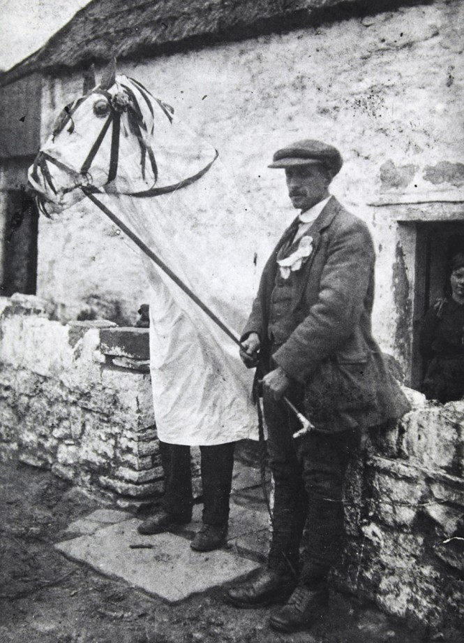 The Mari Lwyd at Llangynwyd