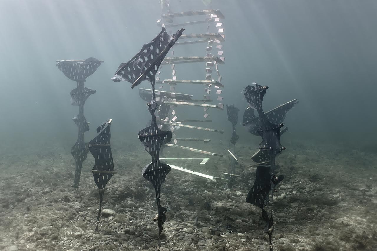 forlane-sculpture-sous-marinel-02