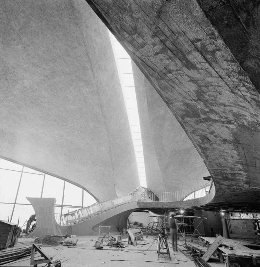 trans-world-flight-center-jfk-construction-02