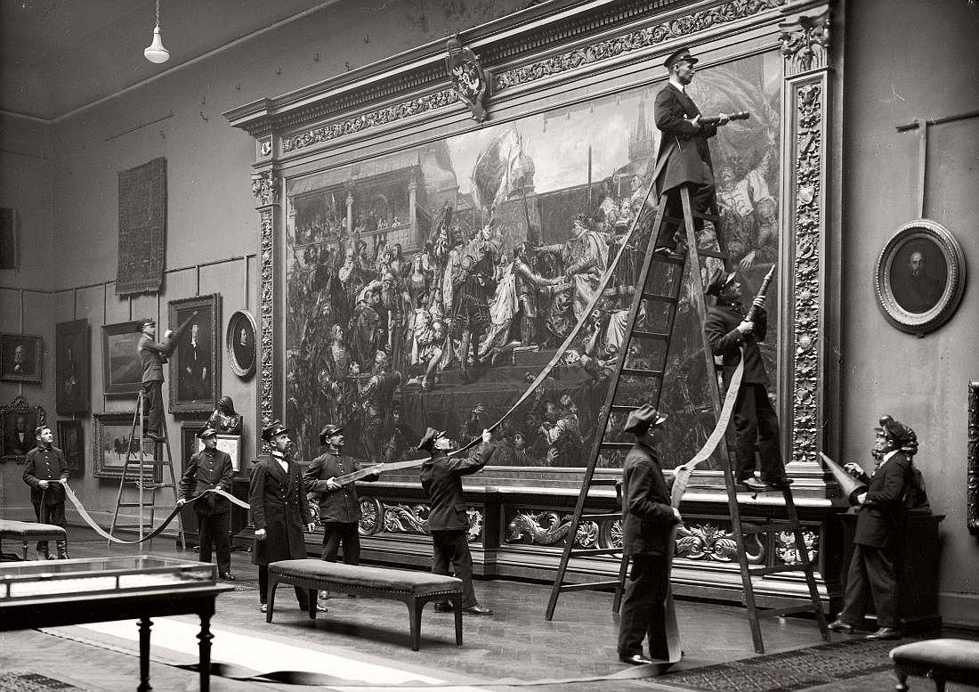 Exercice anti-incendie au Musée National de Krakow - 1910
