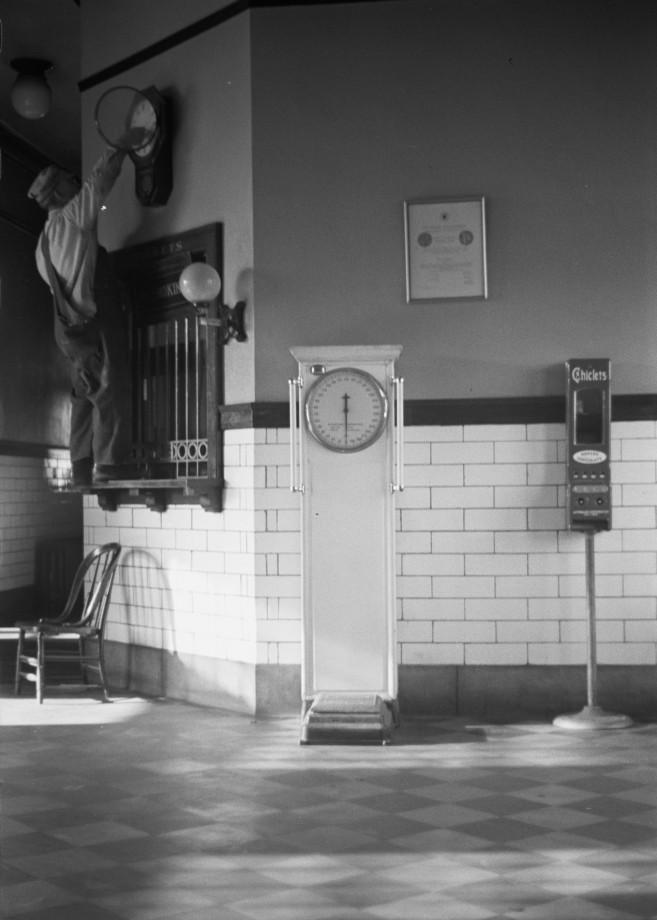 Remettre l'horloge de la gare à l'heure, Nebraska - 1938