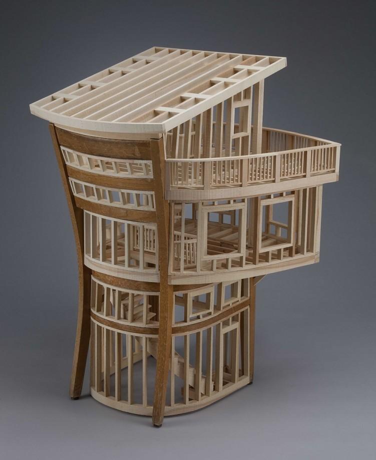 Des vieux meubles comme structures architecturales for Meuble architectural