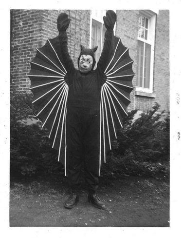 costume-batman-vieu-ancien-chauvesouris-06