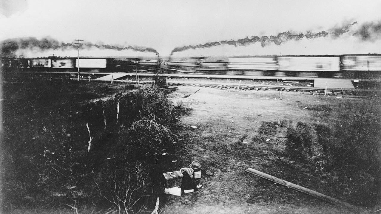 crash-train-crush-accident-01