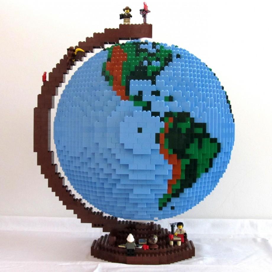 globe-lego-03