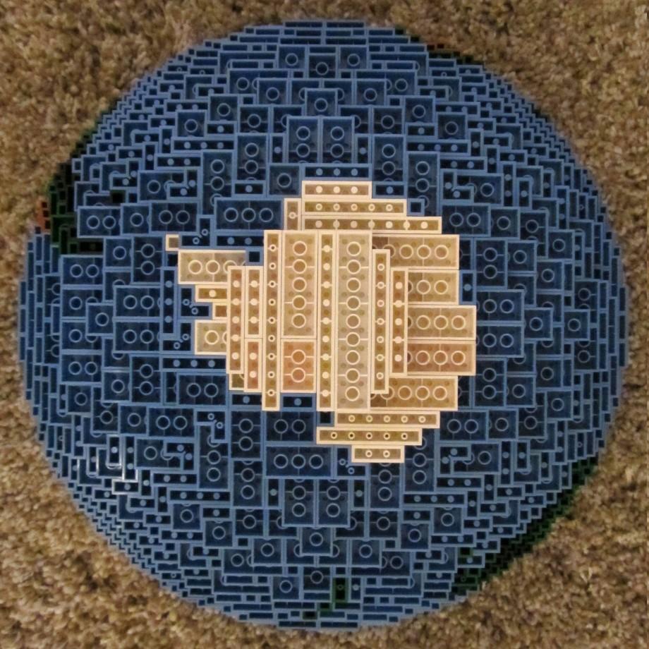 globe-lego-07