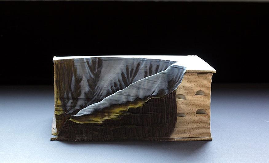 guy-laramee-neige-livre-sculpture-05