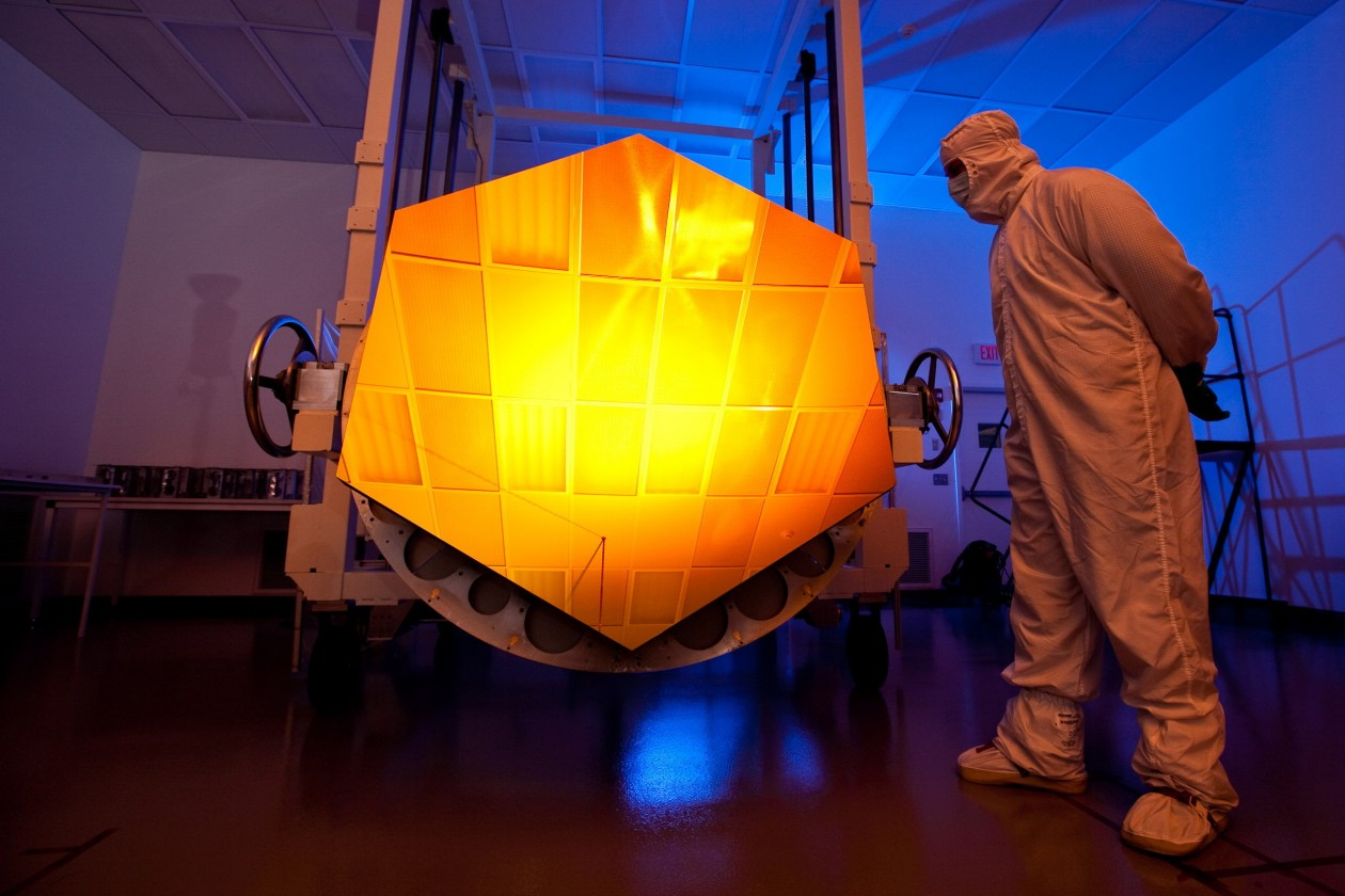 assemblage-construction-james-webb-telescope-espace-27
