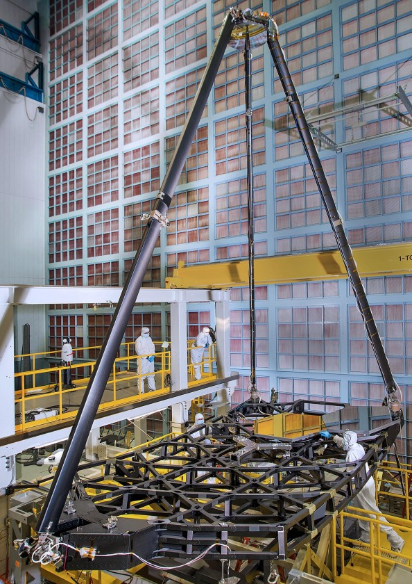 assemblage-construction-james-webb-telescope-espace-37
