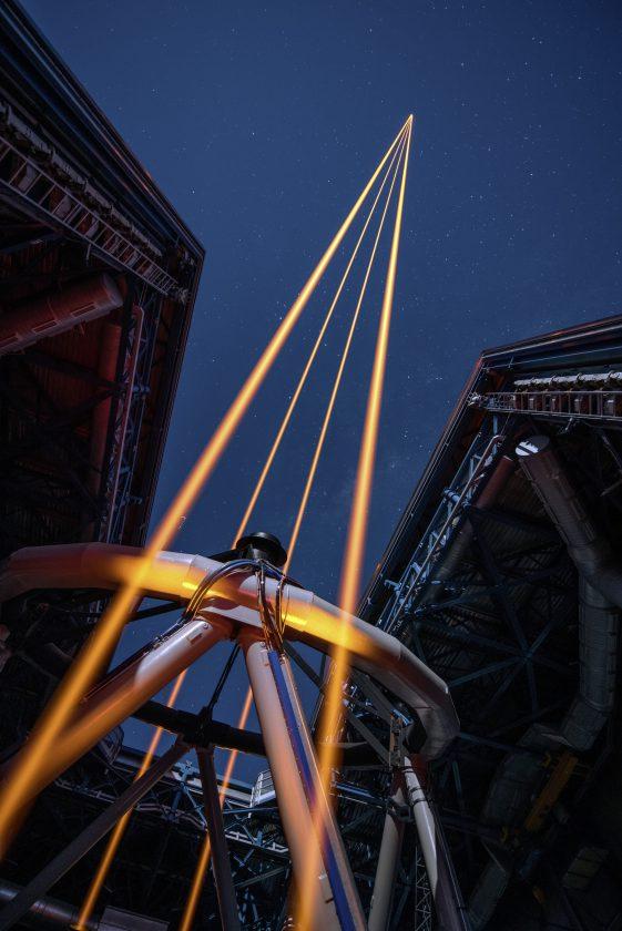 eso-vlt-laser-telescope-04