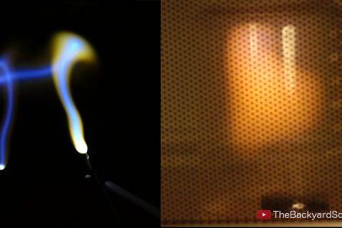 Faire du plasma au micro-onde avec un raisin