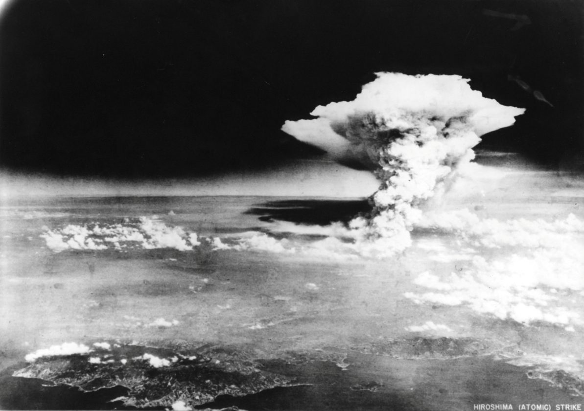 Feu-Hiroshima-bombe-01