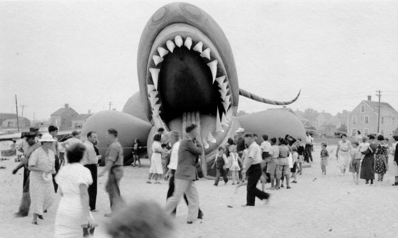 Sea-Serpent-Nantucket-Monstre-01