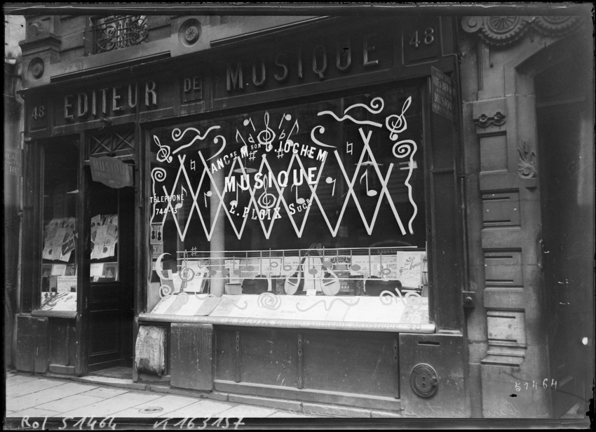 protection-vitrine-bombardement-guerre-paris-03
