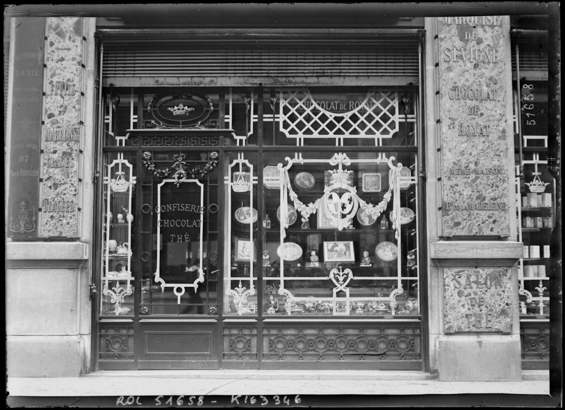 protection-vitrine-bombardement-guerre-paris-13