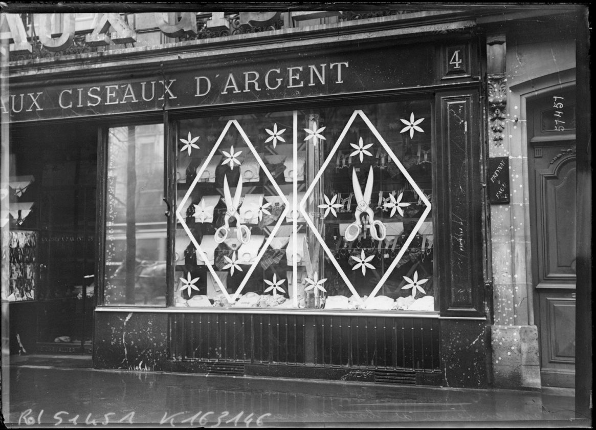 protection-vitrine-bombardement-guerre-paris-20