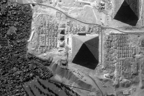 huit-face-pyramide-kheops-egypte-01