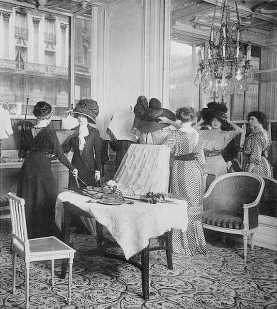 salon-esseyage-mode-haute-couture-paris-vintage-14