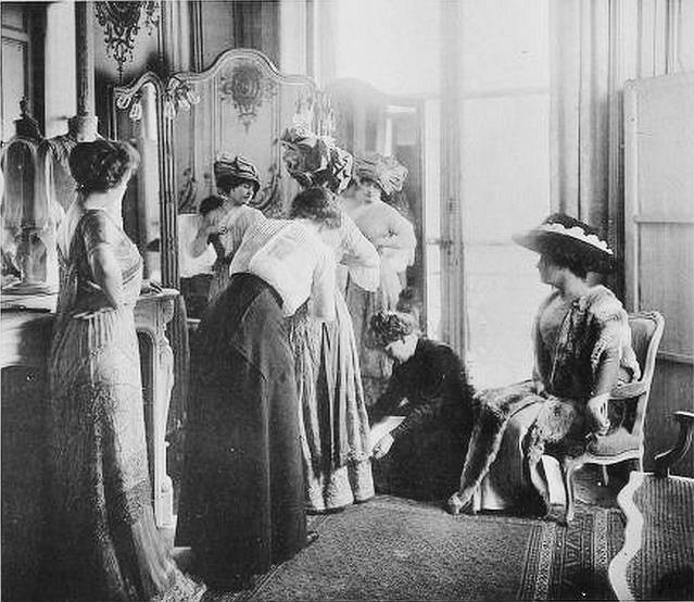 salon-esseyage-mode-haute-couture-paris-vintage-33