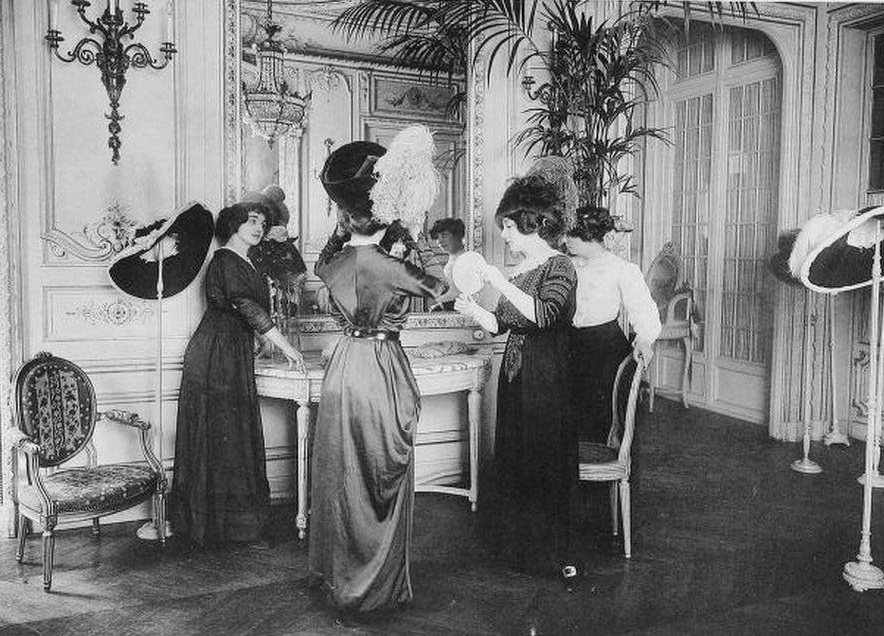 salon-esseyage-mode-haute-couture-paris-vintage-46