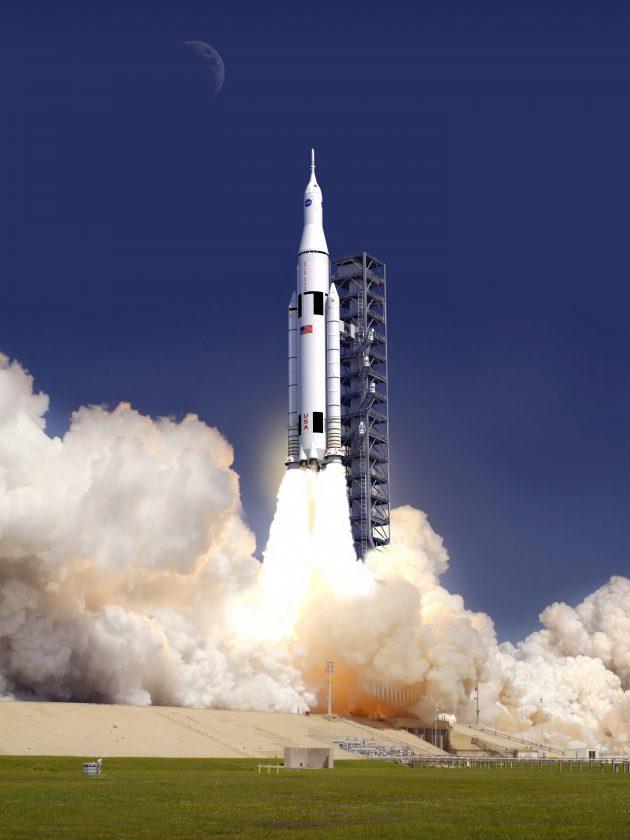 Vue d'artiste de la future fusée SLS, le truc testé dans la vidéo c'est un des deux sur les côtes.
