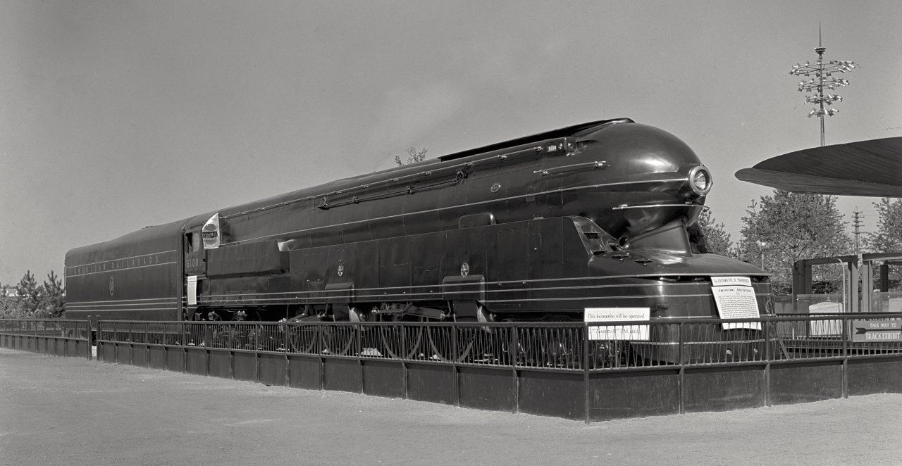 PRR_S1-futurama-locomotive