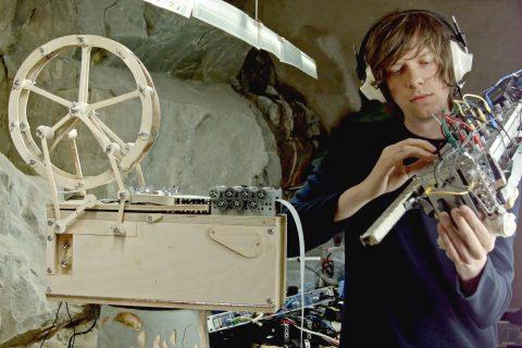 Les deux nouveaux instruments du génie aux billes