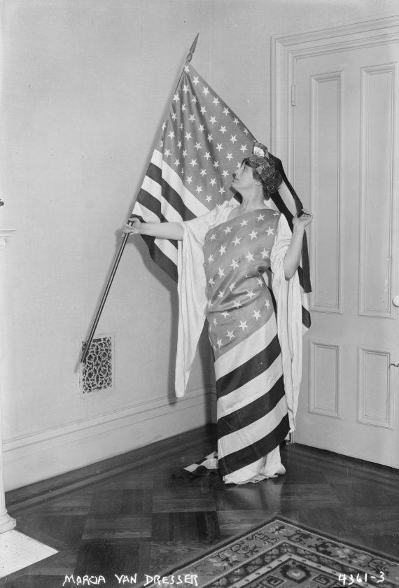photo-ancienne-drapeau-americain-05