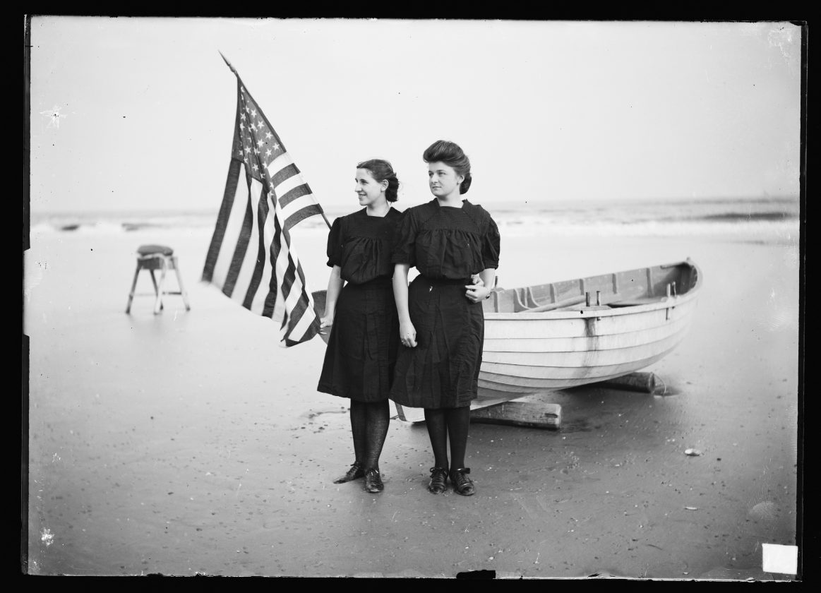 photo-ancienne-drapeau-americian-05