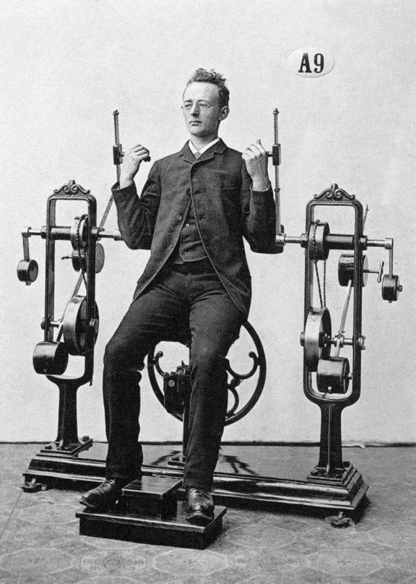 ancetre-pionnier-salle-sport-musculation-04