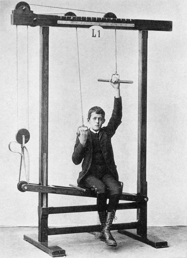 ancetre-pionnier-salle-sport-musculation-10