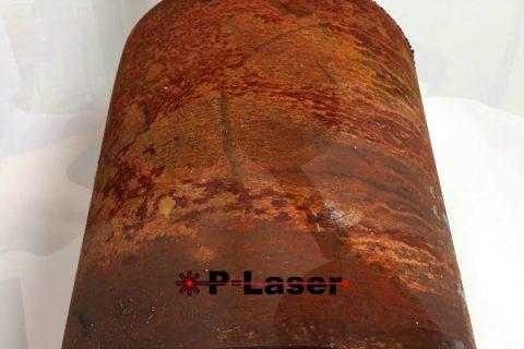 Le nettoyage du métal en atomisant la rouille au laser