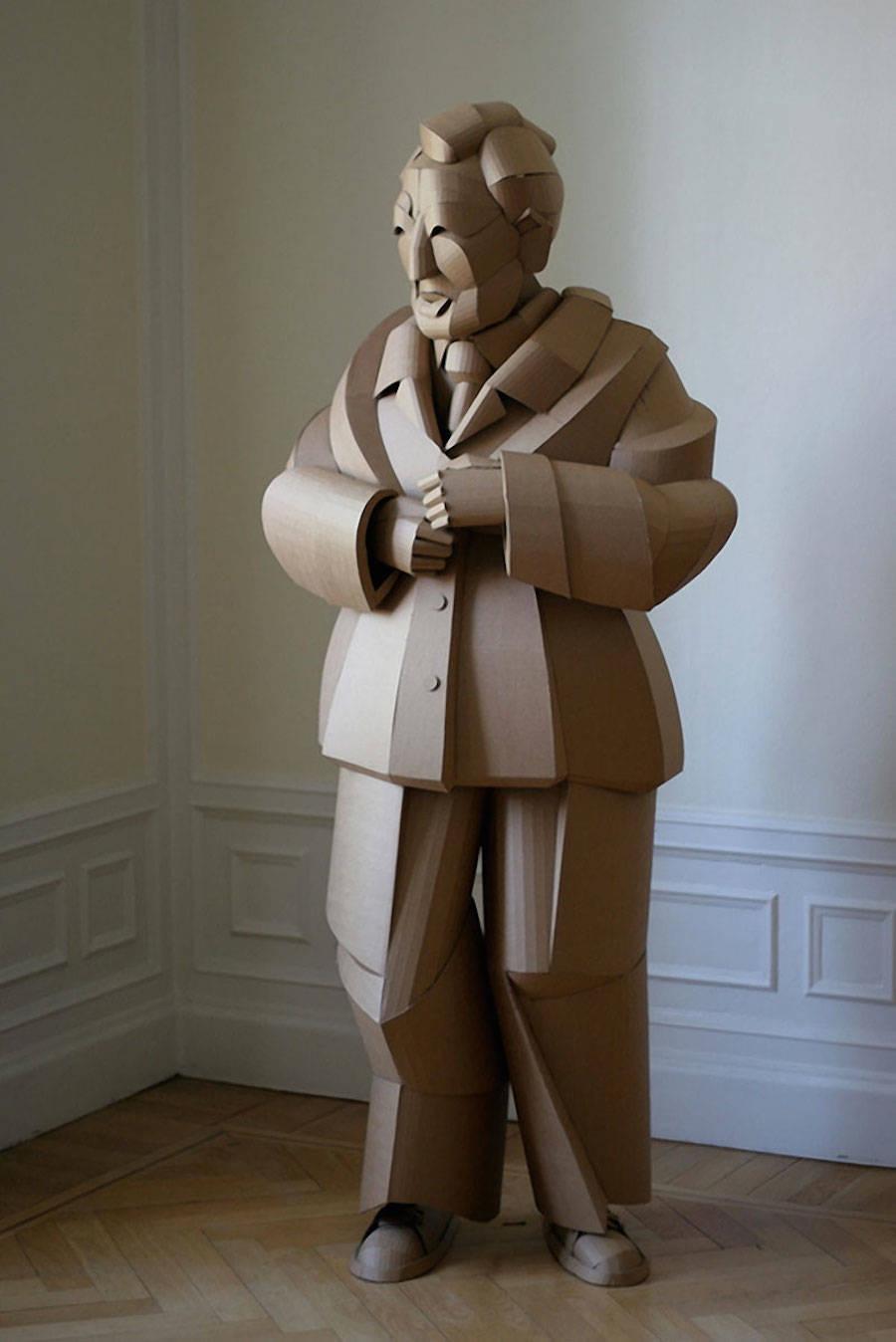 sculpture carton
