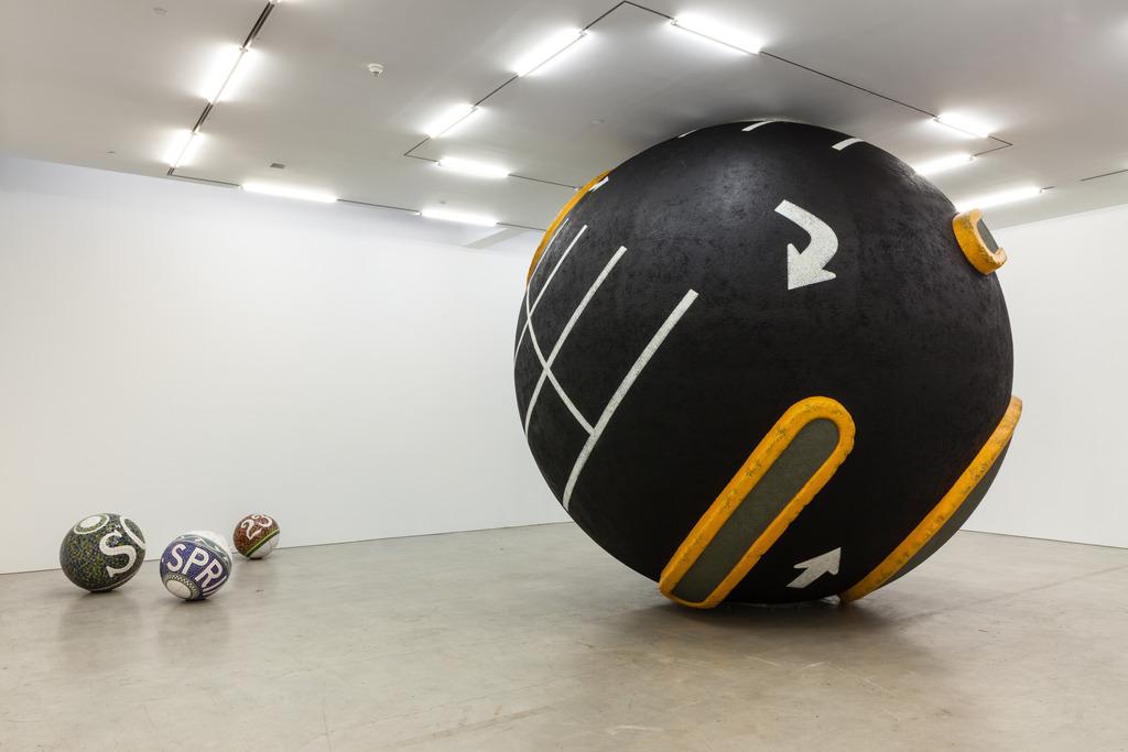 new-york-sphere-01