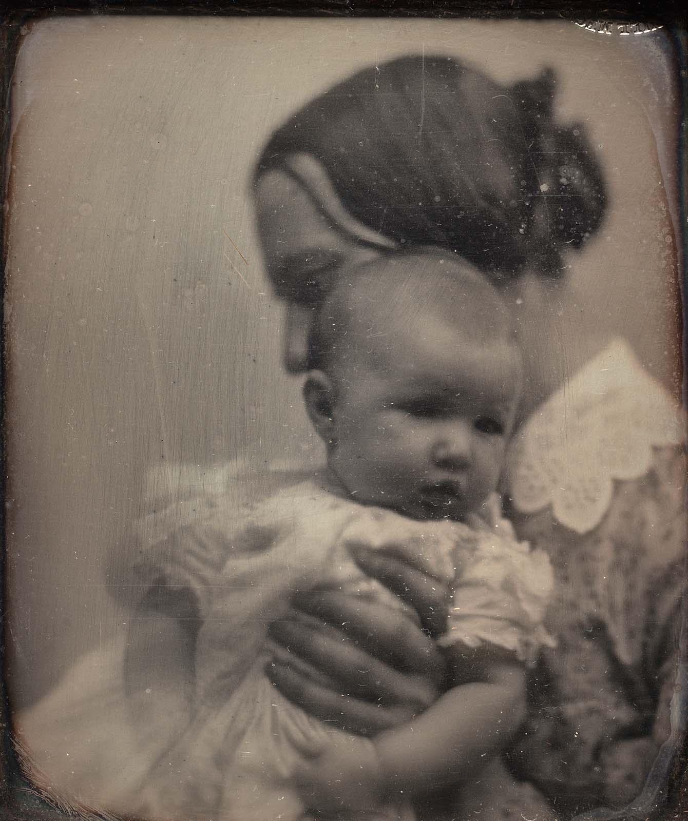 portrait-enfant-mouvement-parent-flou-09