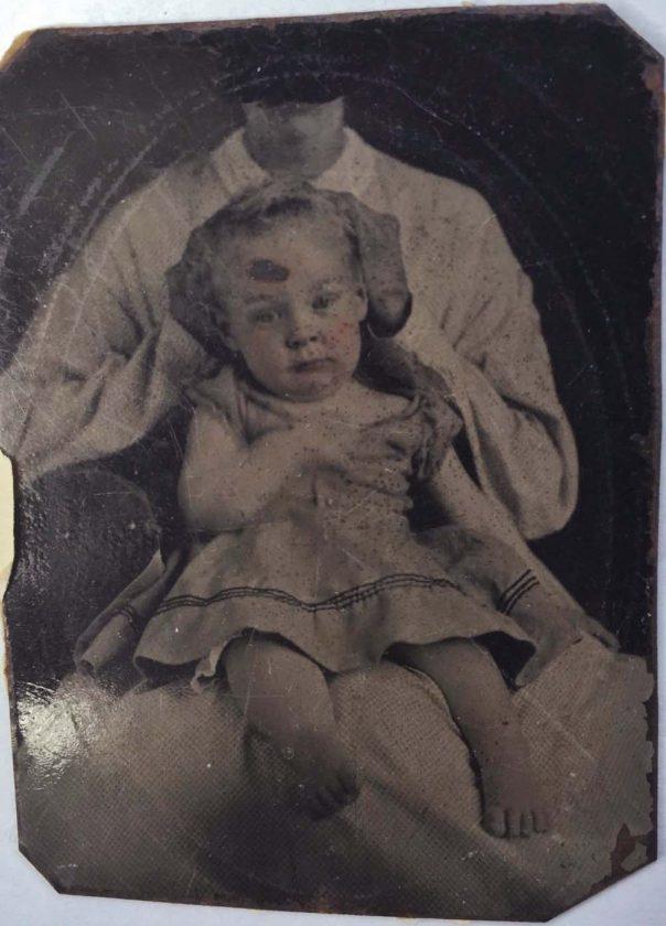 portrait-enfant-mouvement-parent-flou-17