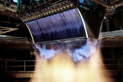 01-test-moteur-fusee-linear-aerospike-engine