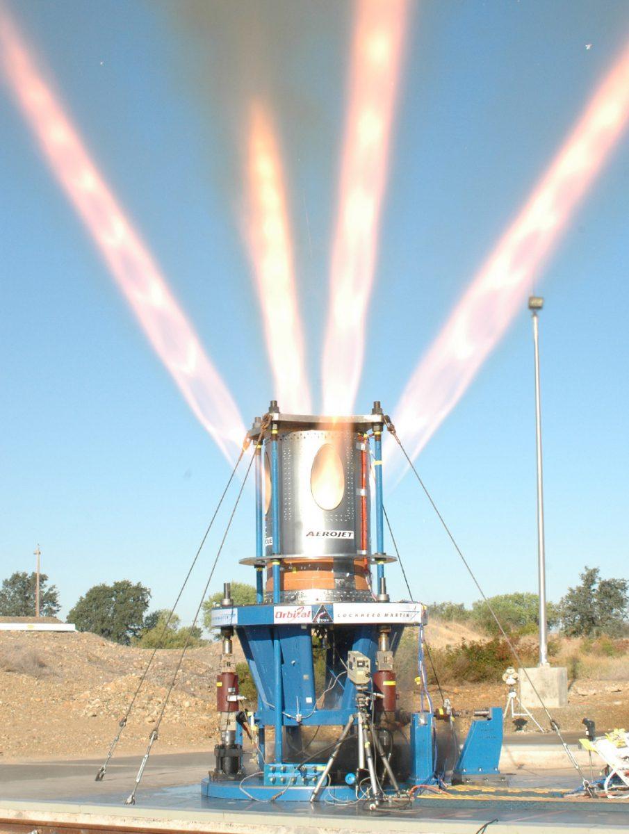 03-test-moteur-fusee-a13_260615