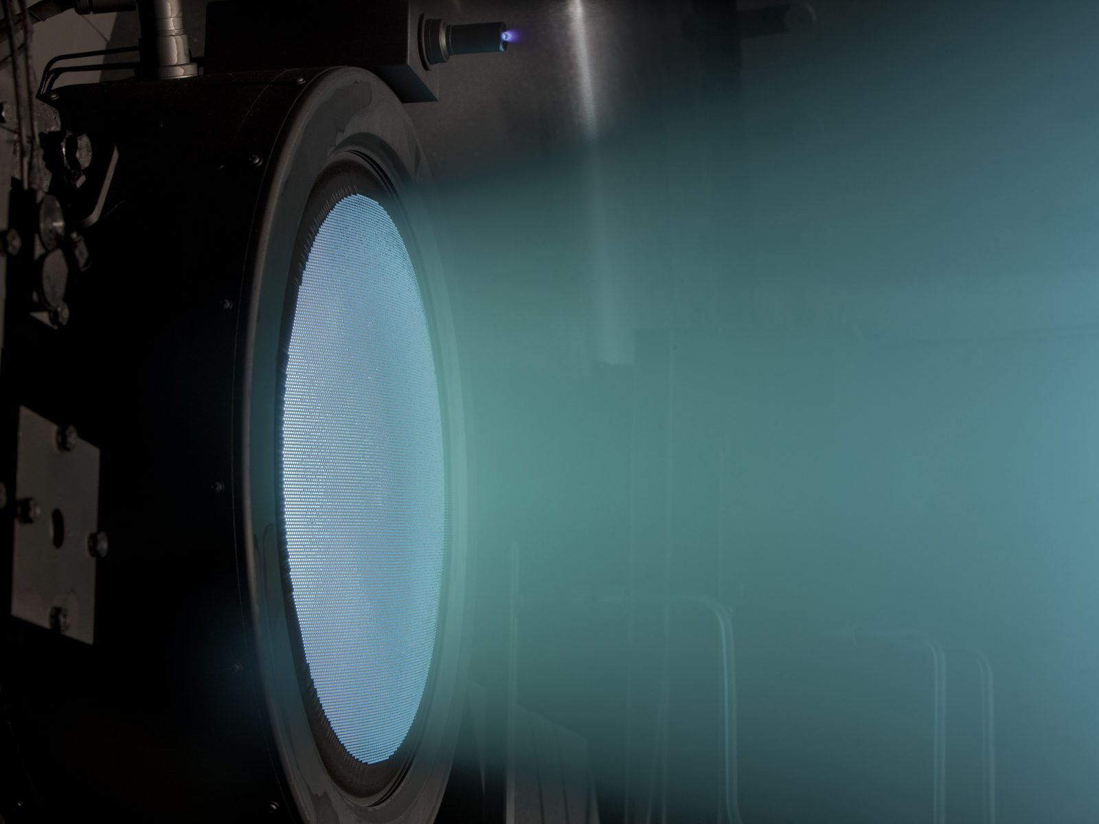 08-test-moteur-fusee-nasa-evolutionary-xenon-thruster