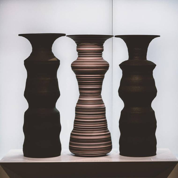 greg-payce-silhouettes-vases-06